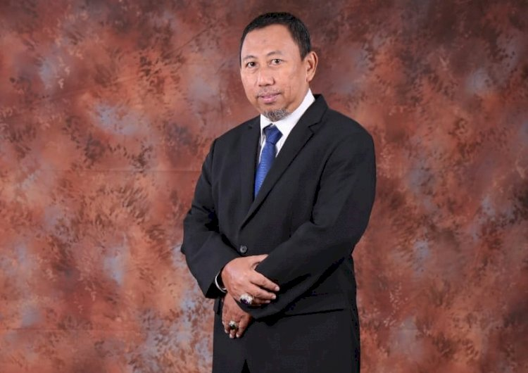 Direktur Keuangan, Umum, Kepatuhan dan Manajemen Risiko