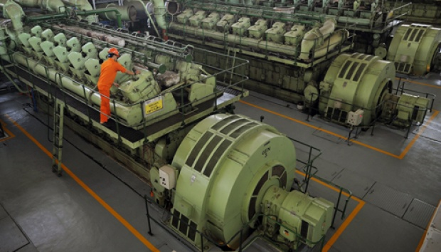 PLN Diminta Gunakan 100% Minyak Sawit untuk Semua PLTD