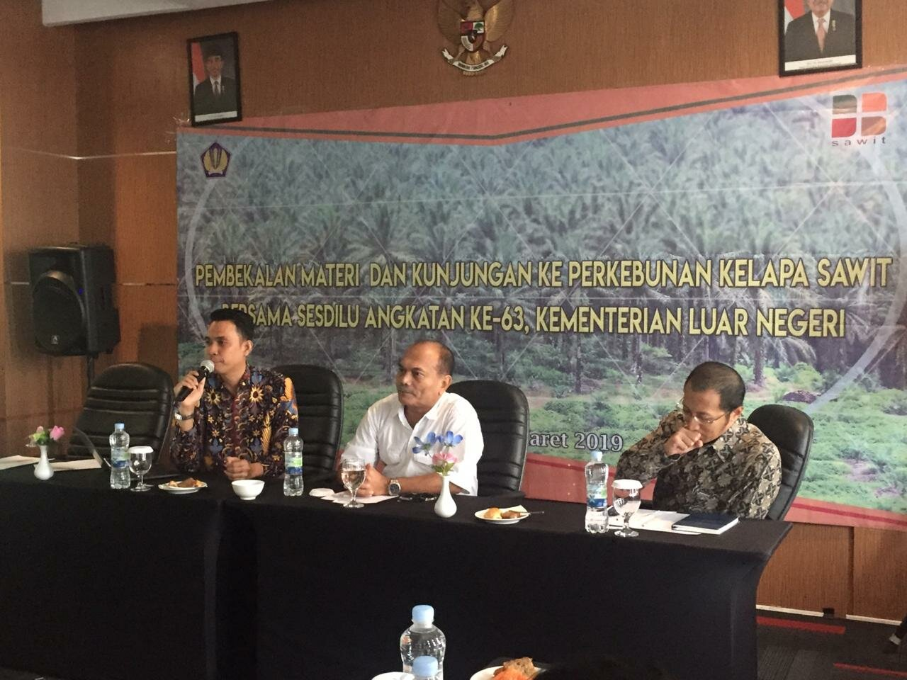 Indonesian Diplomats Visit Belitung Island to Improve Knowledge of Sustainable Palm Oil